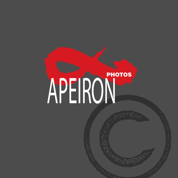 APEIRON PHOTOS BROCHURE